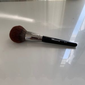 Round Deluxe Powder Brush